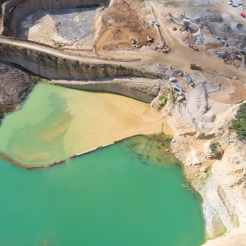Gdzie w Polsceznajdują się złoża węgla kamiennego, brunatnego i torfu?